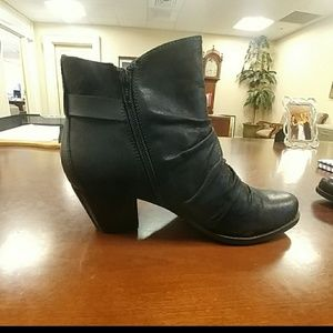 Baretrap Ankle Boots (BRAND NEW)